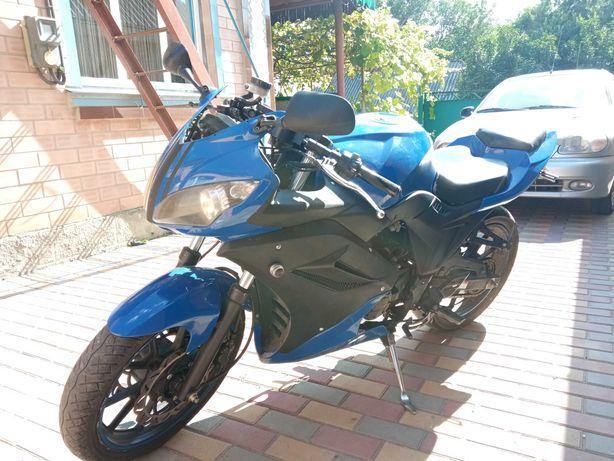 Мотоцикл Viper V200-F2