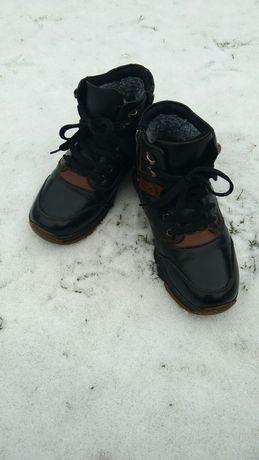 Шкіряне зимове взуття для хлопчика
