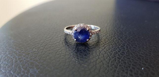 Złoty pierścionek z dużym Szafirem i Brylantami Okazja! rozmiar 13,14