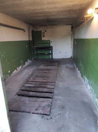 Garaż TG - Osada Jana