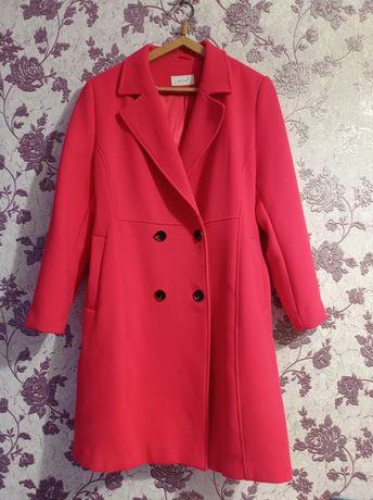 Крутое и стильное пальто