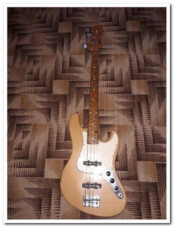 Продам Fender jazz bass activ