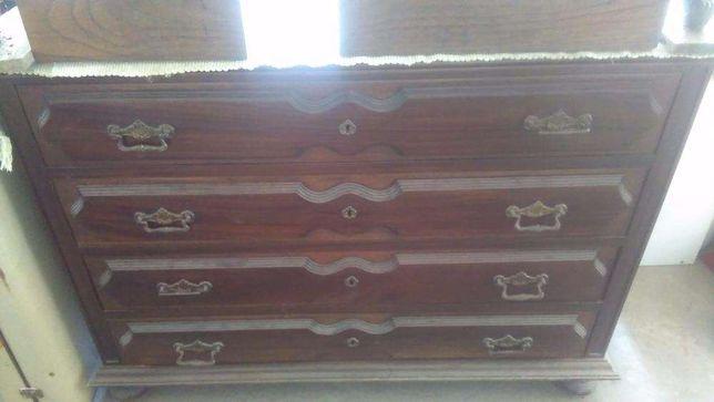 Cómoda e 2 mesas cabeceira (vintage).