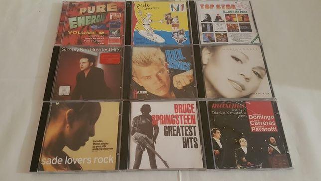Lote de 66 Cds de vários géneros musicais