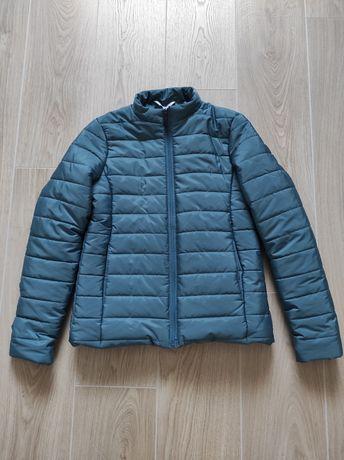 Куртка весна  без капішона