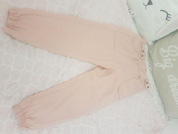 Spodnie Reserved r. 110
