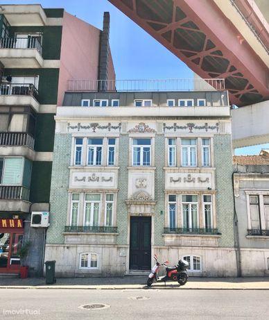Apartamento T1 de charme, mobiliado (Alcantara)