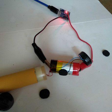 Зарядка электронной одноразовой сигареты