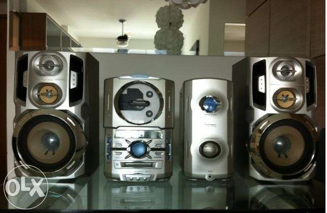 Sistema hi-fi da marca pioneer modelo  xc-is21t