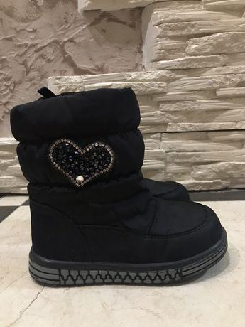 Зимові чобітки,ботинки