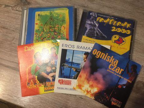 Płyty CD-muzyka lat 80 i 90 , oraz filmy.