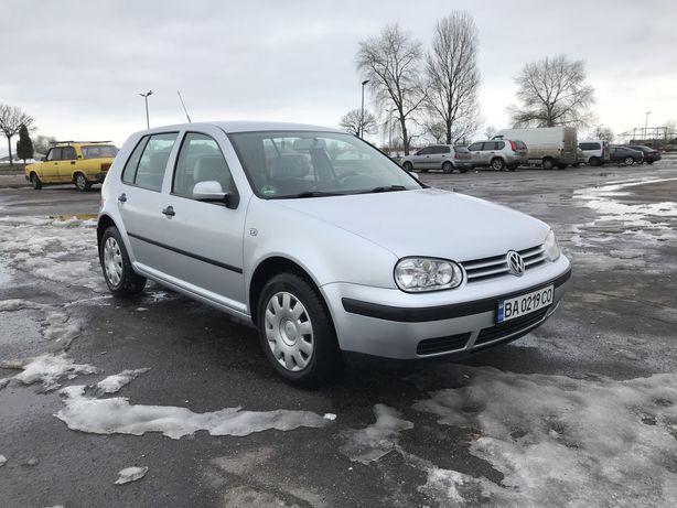 Volkswagen Golf 4 1,6 16v 2001