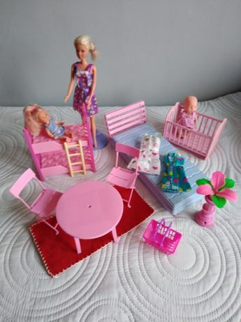 Lalki , mebelki dla lalek 15 elementow wiek 3+