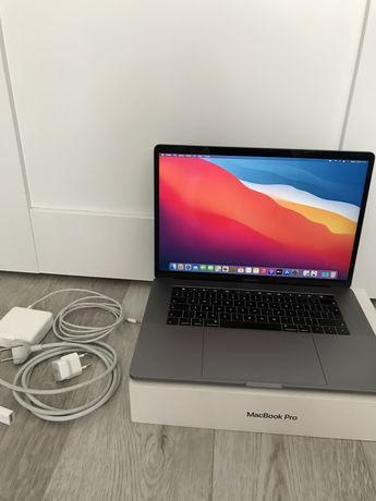 Apple MacBook Pro 15-inch Touch Bar 2018 space gray/gwiezdna szarość