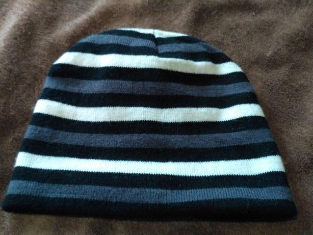 шапка полоска черно белая на маленькую голову
