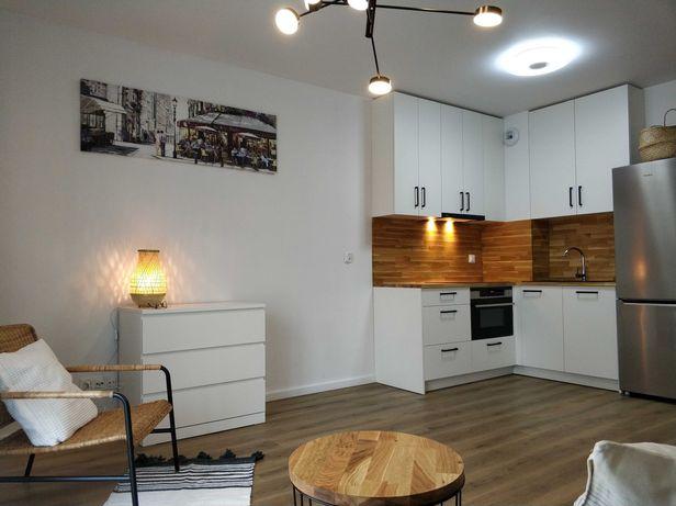 Nowe mieszkanie typu studio/ Dom na Kurkowej/ pierwszy wynajem