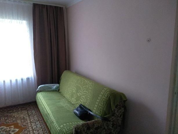 2 кімнатна квартира по вул Хотинській