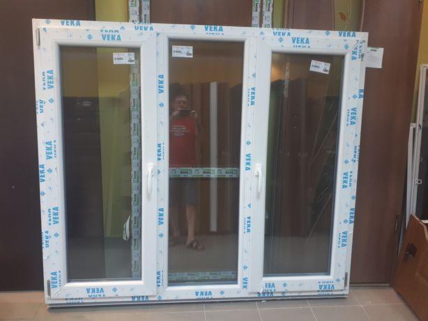 Вікна з енергозберігаючиии склопакетами.