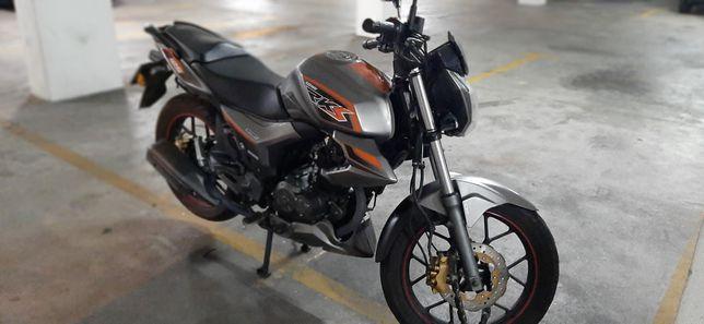 Vendo ou troco por scooter 125