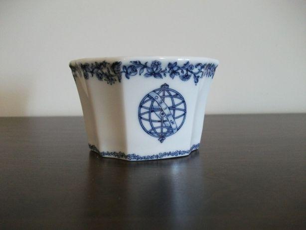 Saleiro de estilo da marca Conventual Porcelanas