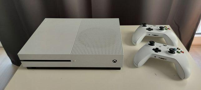 Xbox one s 1tb z napędem optycznym