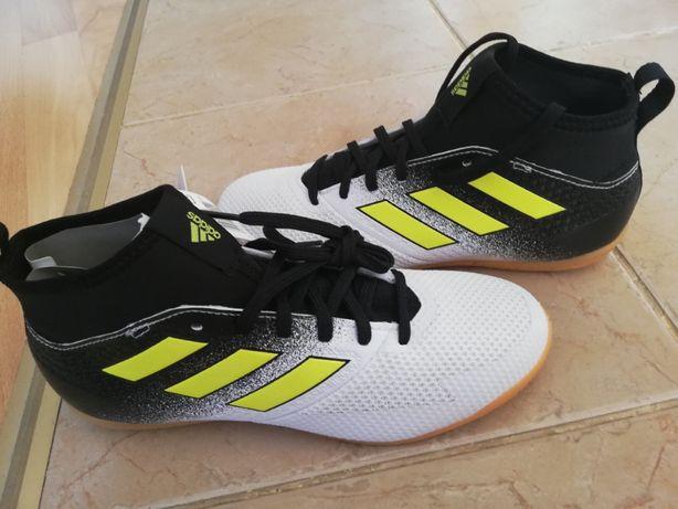 Adidas buty halowe 23,5 cm wkladka