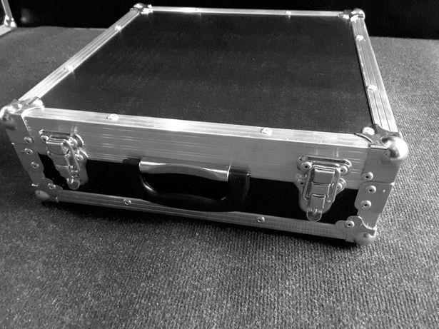 Walizka case kuferek 40x40x10cm Nowy Solidny od Producenta