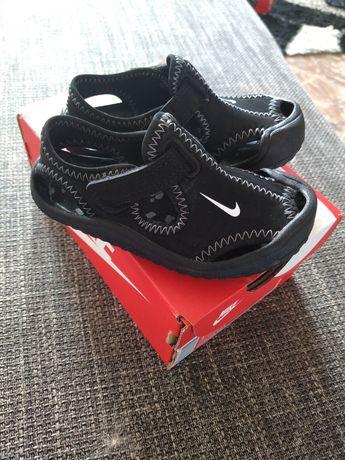 Sandałki Nike