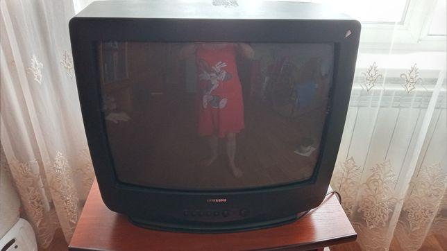 Телевизор Самсунг. Договорная.