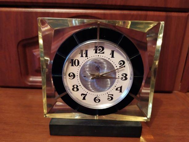 Часы Молния обмен