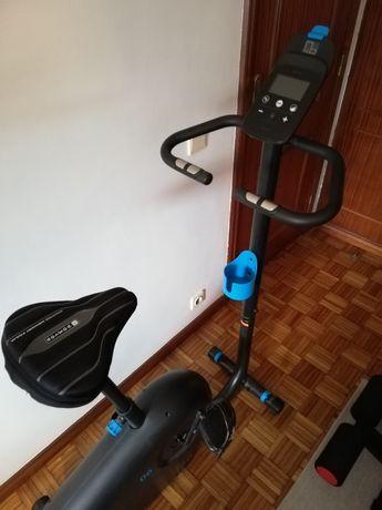 Bicicleta Estática EB 140 DOMYOS