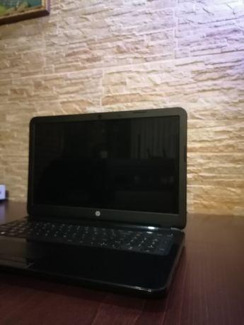 Laptop HP Pavilion QCWB335