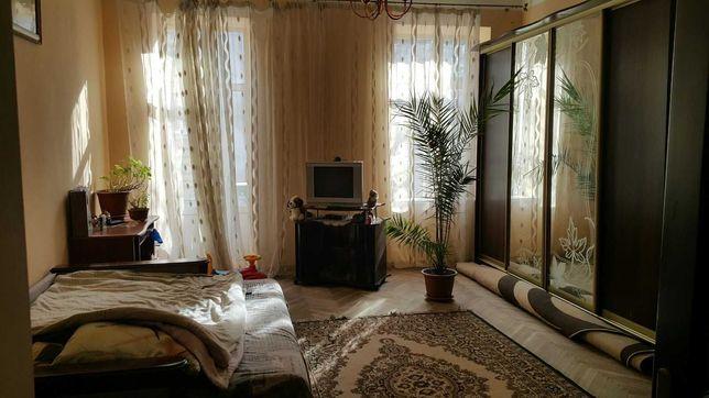 Продаж двокімнатна квартира вул. Кривоноса м. Львів