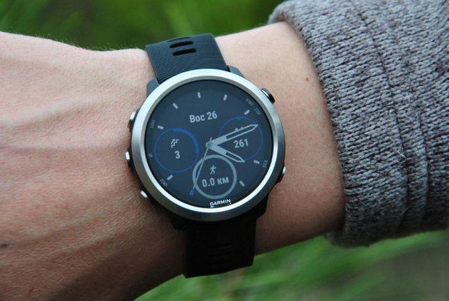 Часы спортивные Garmin Forerunner 645