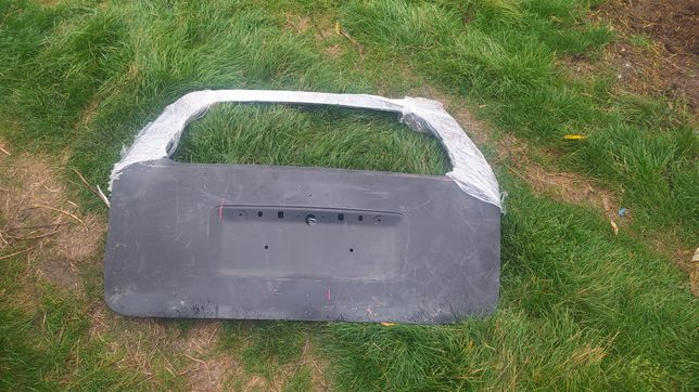 Кришка багажника Оpel Zafira
