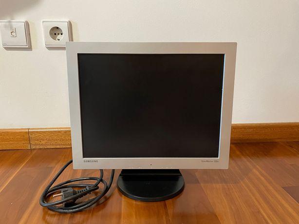 """Monitor 15"""" - Samsung SyncMaster 152V"""