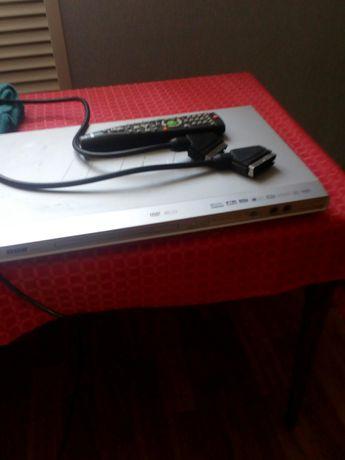 DVD BBK DV 611si з USB виходом