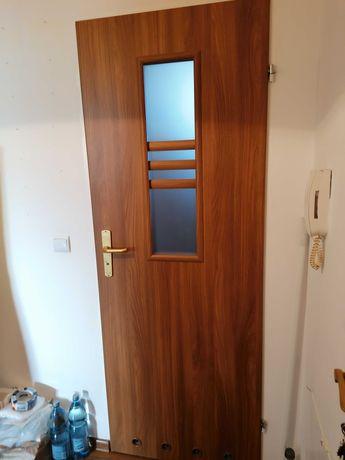 Sprzedam drzwi do łazienki 80