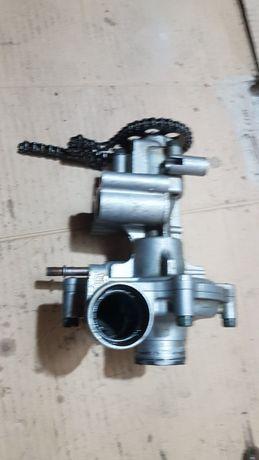 Yamaha R1 Rn04- pompa wody oleju łańcuszek komplet