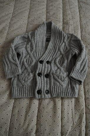 szary dzianinowy gruby rozpinany chłopięcy sweter hm