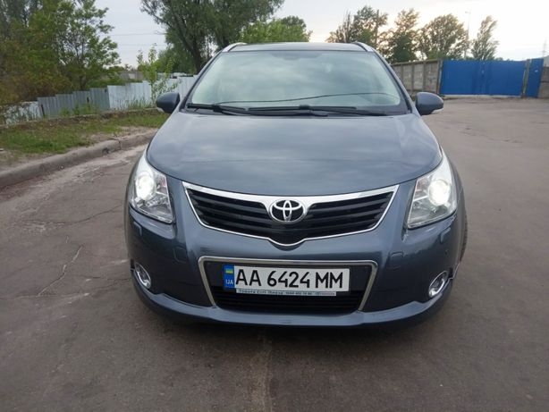 Toyota Avensis T 27 D-CAT 2,2 TD 6ст мех 2011 wagon