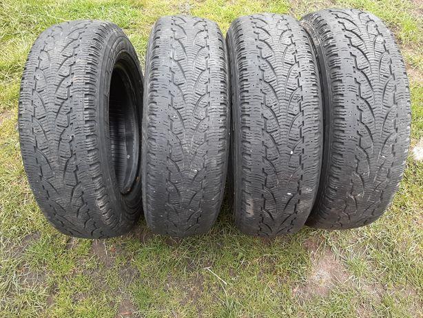 Zimowe opony Pirelli Winter Chrono 195 70 R15C
