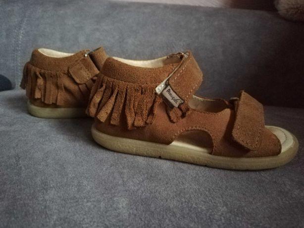 Sandałki 25 mrugała