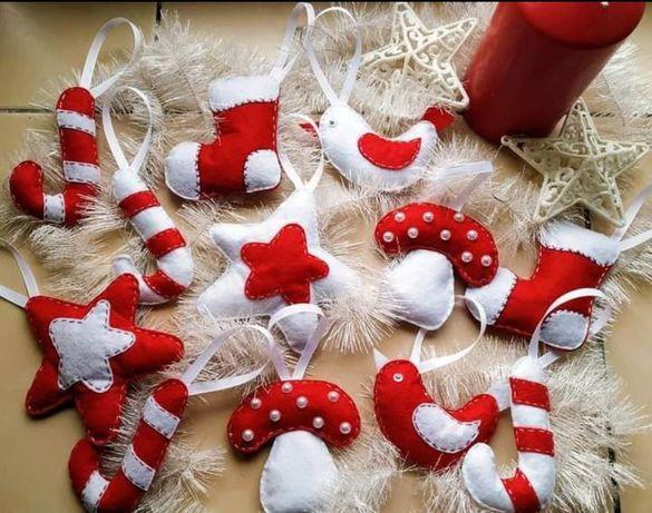 Новогодние игрушки на ёлку
