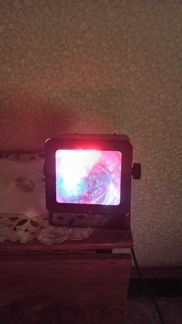 Динамический LED прибор BIG Источник: 67 светодиодов 5м