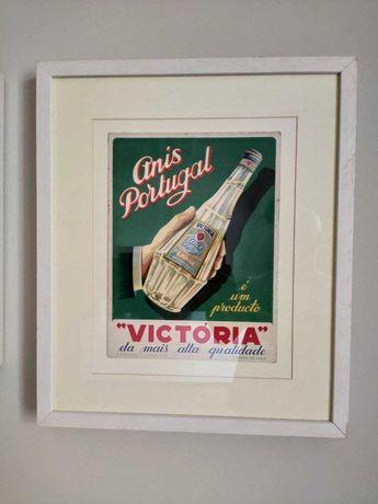 Quadro moldura branca com anúncio vintage antigo licor Vitória