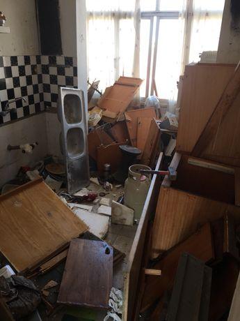 WM demolicoes e recolha de móveis entulho Madeiras e resíduos em geral