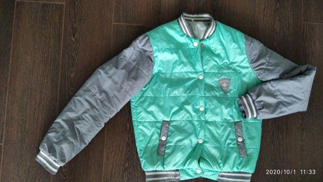 Женская куртка-бомбер, 48 р. (полномер)