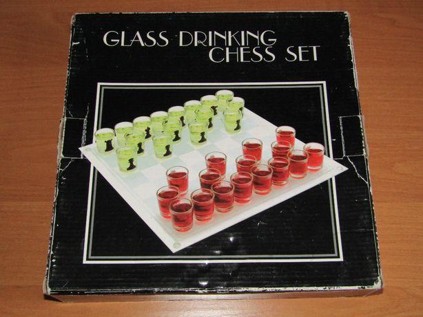 шахматы рюмки. пьяные шахматы