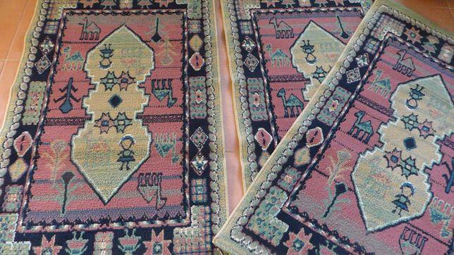 3 tapetes sintéticos iguais Khalat (Moviflor)